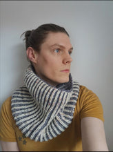 Load image into Gallery viewer, Easy-Breezy Brioche Cowl