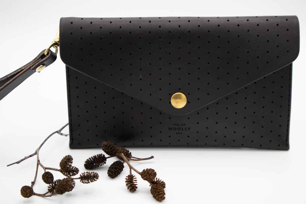 Clutch Wallet // Black