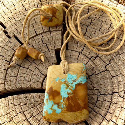 Royston Highgrade Boulder Turquoise Pillow-Cut Necklace