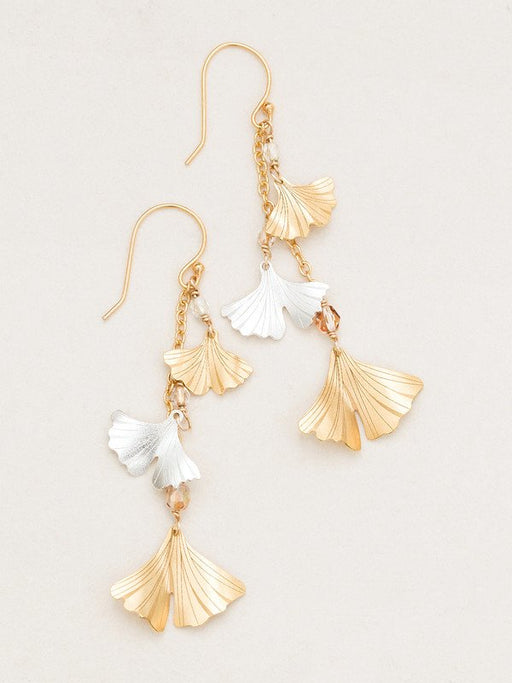 Cultivate a tranquil mood with our soothing Gingko Chime Earrings. Distinctive handcrafted leaves cascade from delicate ear wire with a hint of signature shine.