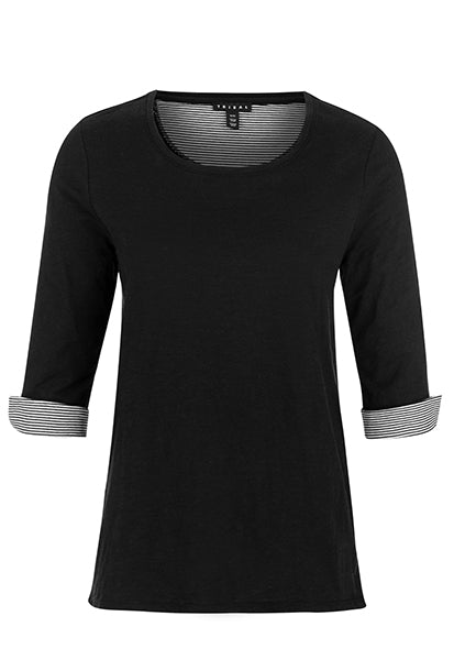 The TRIBAL® 3/4 Sleeve Crew Neck w/ Snaps top will showcase your modern style with a heathered finish, crew neckline, and snap button side plackets with an interior striped print.