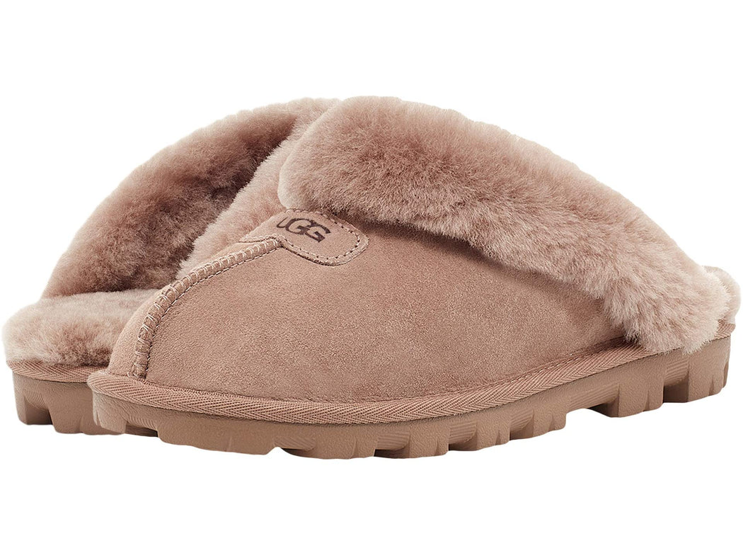 Take your self-care seriously with this slipper. As soft as it is versatile, the Coquette features our soft sheepskin and a lightweight sole that travels both indoors and out with ease. Pair with athleisure basics or a midi skirt and tank for casual daytime wear.  This product was made in a factory that supports women in our supply chain with the help of HERproject, a collaborative initiative that creates partnerships with brands like ours to empower and educate women in the workplace.