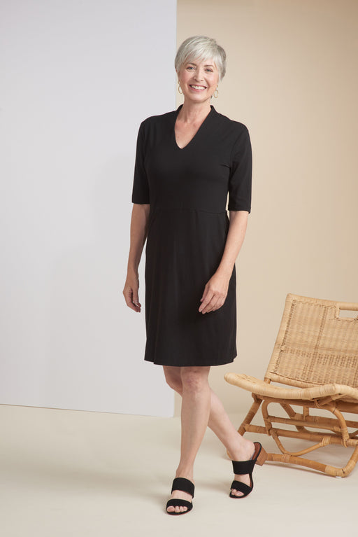 Knee length, with mid-length sleeve, this comfortable dress also has pockets!
