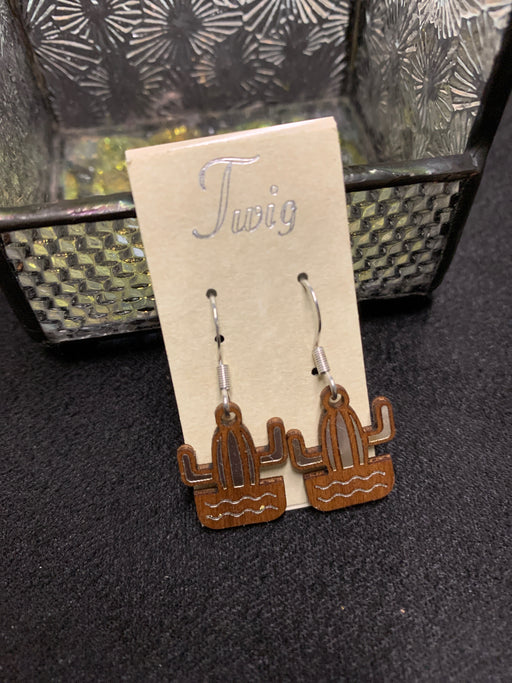 Woodcuts Twig Organic earrings. Surgical steel hooks. Practically weightless!