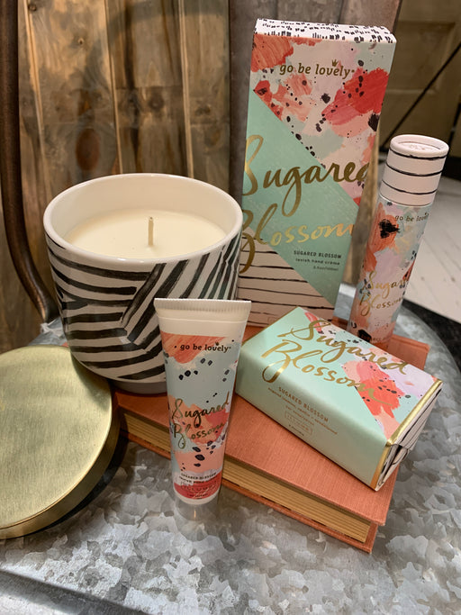 Fragrance Description:  Sweet and delightful, with luscious notes of sugared jasmine petals, Italian citron, and creamy Tahitian vanilla bean.  This basket includes perfume, small hand-cream, large hand-cream, soap, and a candle.