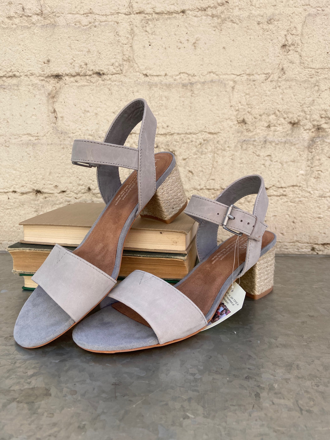 The TOMS® Rosa is the perfect blend of sandal and heel that will keep you in style and totally comfortable all summer long.
