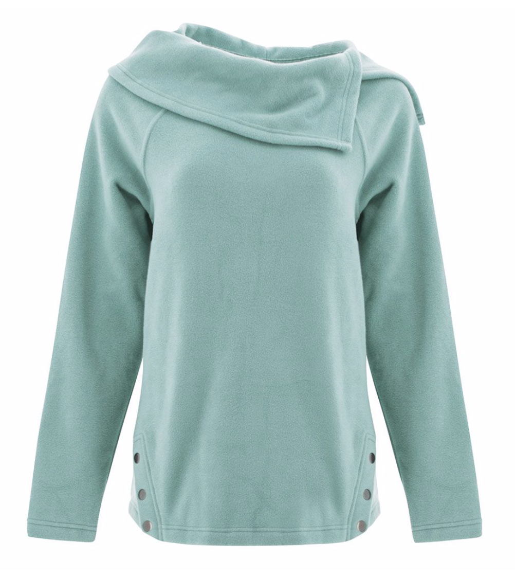 We believe you should never have to sacrifice style for comfort and with the Libby Fleece, you can have both. Crafted from a polyester and spandex micro fleece, this pullover style features a modern and stylish asymmetrical shawl collar. Angled snap plackets at the hem add an extra element of interesting and feminine style to this versatile outdoor style.