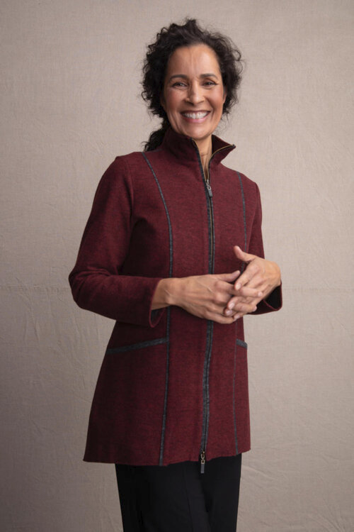 Habitat Double Sided Fleece Car Coat. Description: Soft and super comfy with great contrast seams for a beautiful flattering shape on the body. Two-way zipper built in pockets.