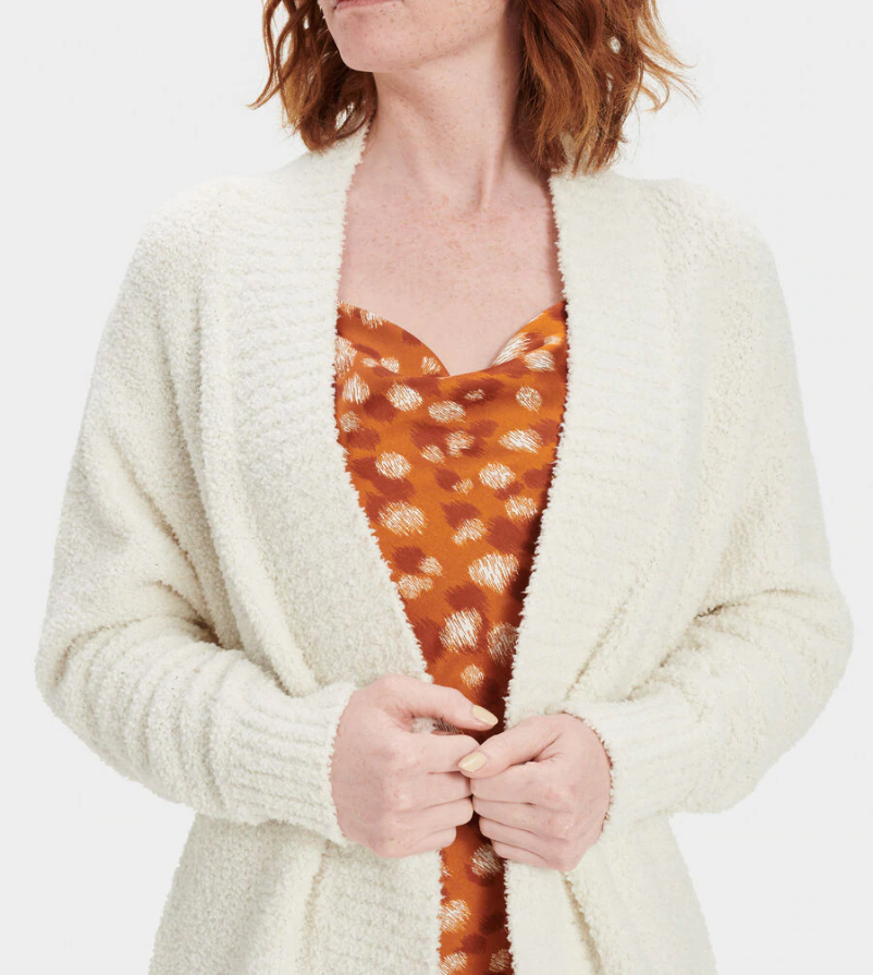 The perfect throw-on layering piece, the UGG Fremont cardigan is crafted entirely from our soft, fluffy knit. It will be your go-to piece year-round – slip it on for cool summer evenings or wear over dresses in winter.