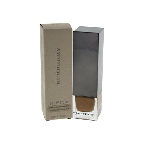 Burberry Fresh Glow Luminous Fluid  Foundation, Camel ,1.0 oz