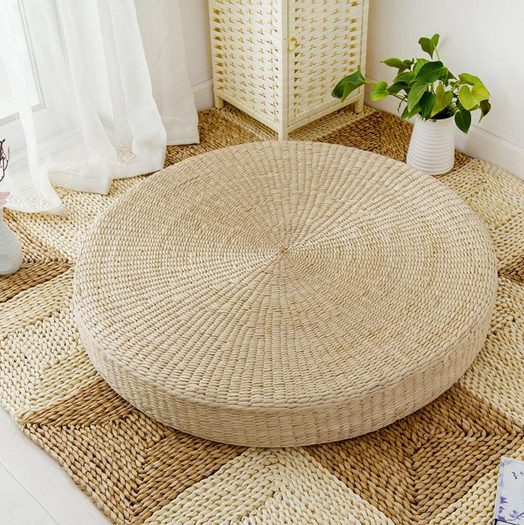 Natural Straw Round Pouf
