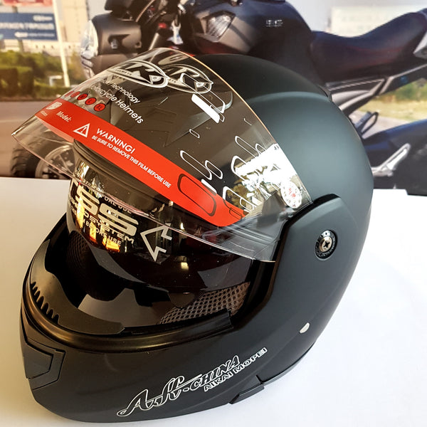 Matt black crash helmet