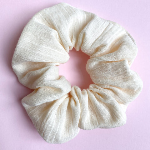 Hair scrunchies - Cream Muslin