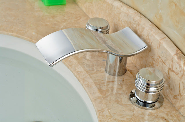 Chitwood Deck Mount 3 Piece 3 Hole Modern Chrome Bathroom Faucet with Hot and Cold Water Mixer - eCasaMart