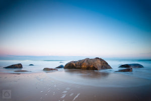 Moonrise at Qeba  //  Seascape Photography