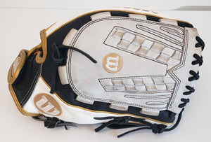 "Used - 2019 WILSON A2000 V125 SUPERSKIN 12.5"" Outfield Fastpitch Glove"