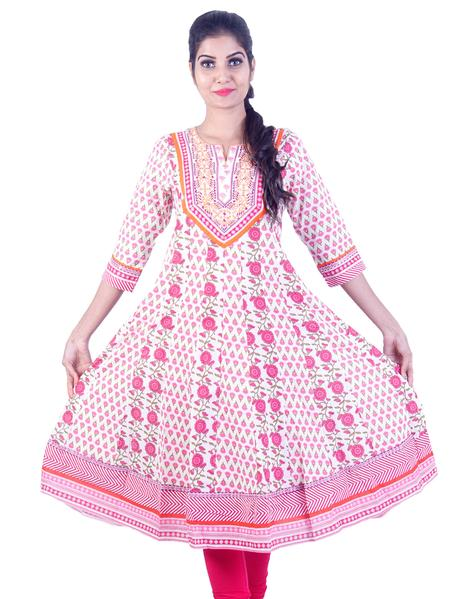 Joshuah's White and Pink Rose Embroidded Anarkali Kurta
