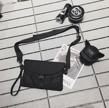 Laden Sie das Bild in den Galerie-Viewer, Messenger Bum Bag