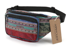 Laden Sie das Bild in den Galerie-Viewer, Ethno Tribal Bum Bag - Bauchtasche