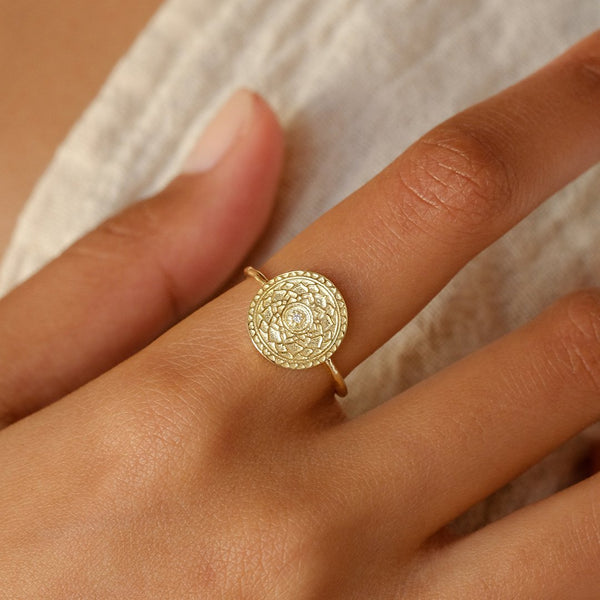 A Thousand Petals Ring