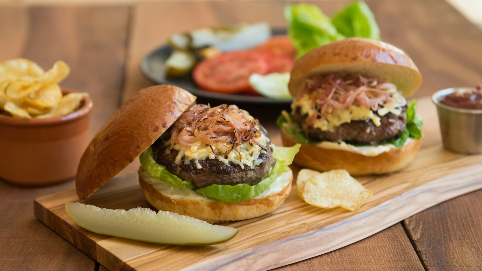 5 Tips to Build a Better Burger