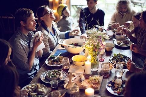 How to host the perfect Easter party