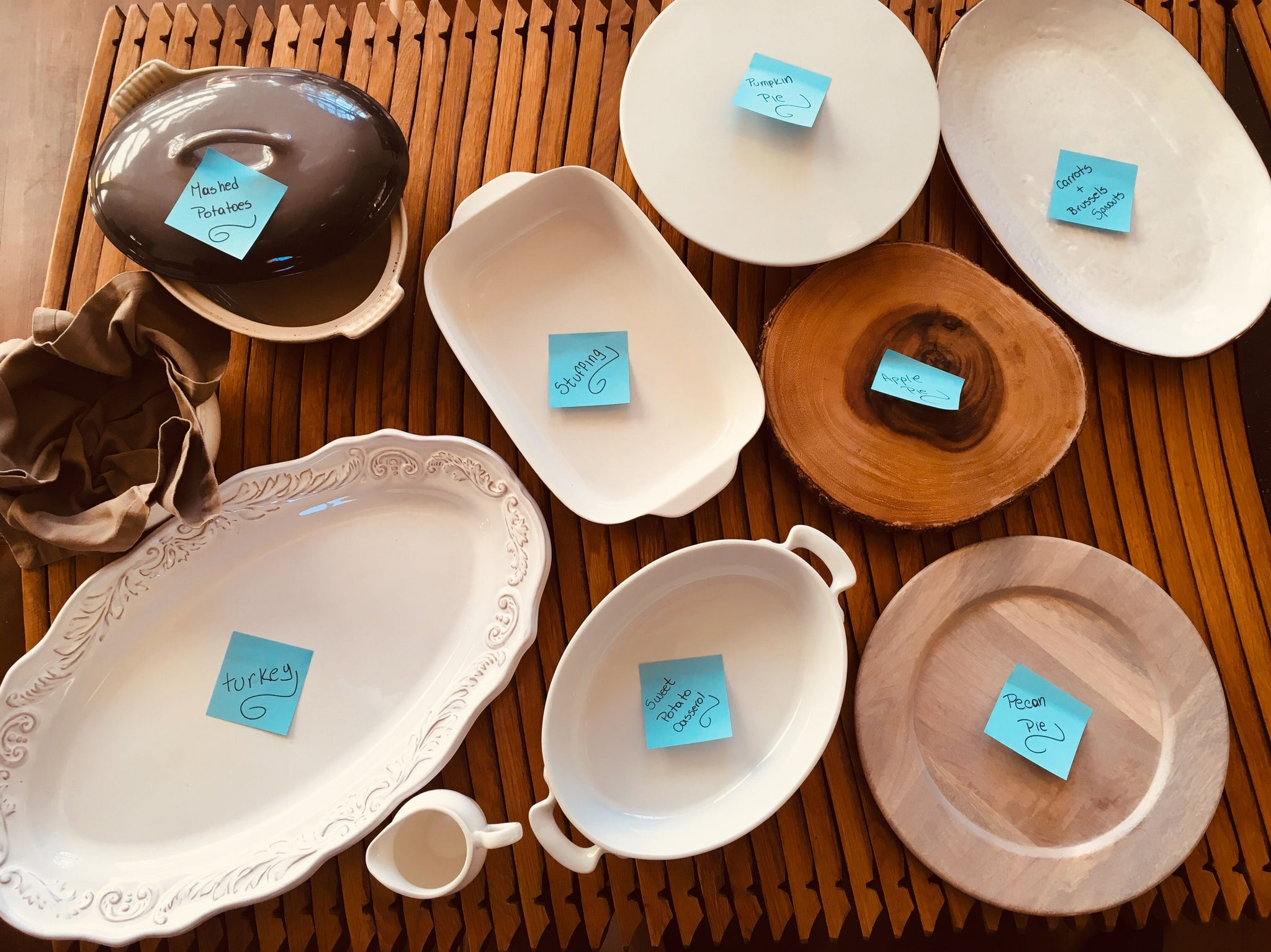 plates with notes