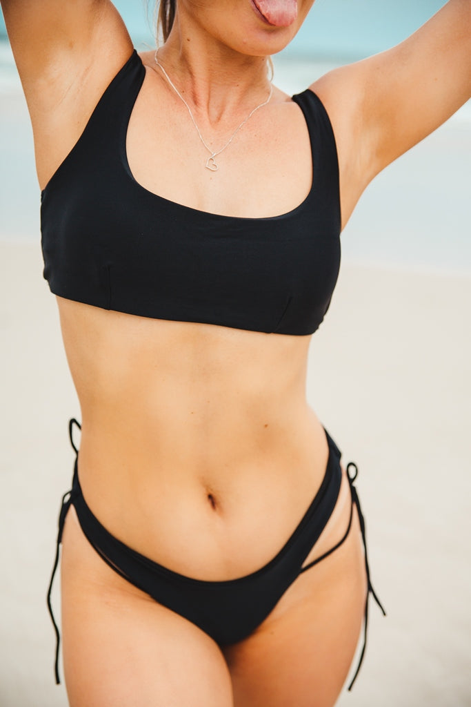 Basic Bikini Set With String - Black
