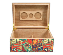 Load image into Gallery viewer, Jungle Love Collage Cigar Humidor 50 Count Open View Front