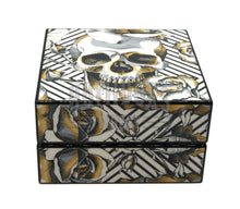 Load image into Gallery viewer, Skull and Roses Cigar Ashtray