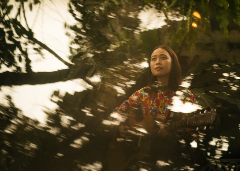 "Shoot for the Moon: Multi-talented artist Reese Lansangan opens up about finding the courage to sing, putting herself out there, and the story behind ""Tenderfoot"""