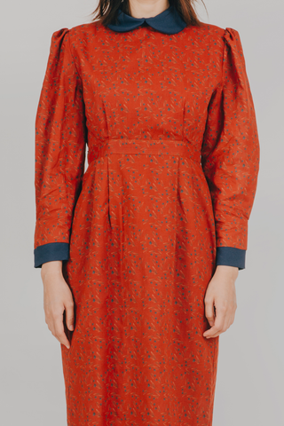 Sinta Dress (in Red Floral)