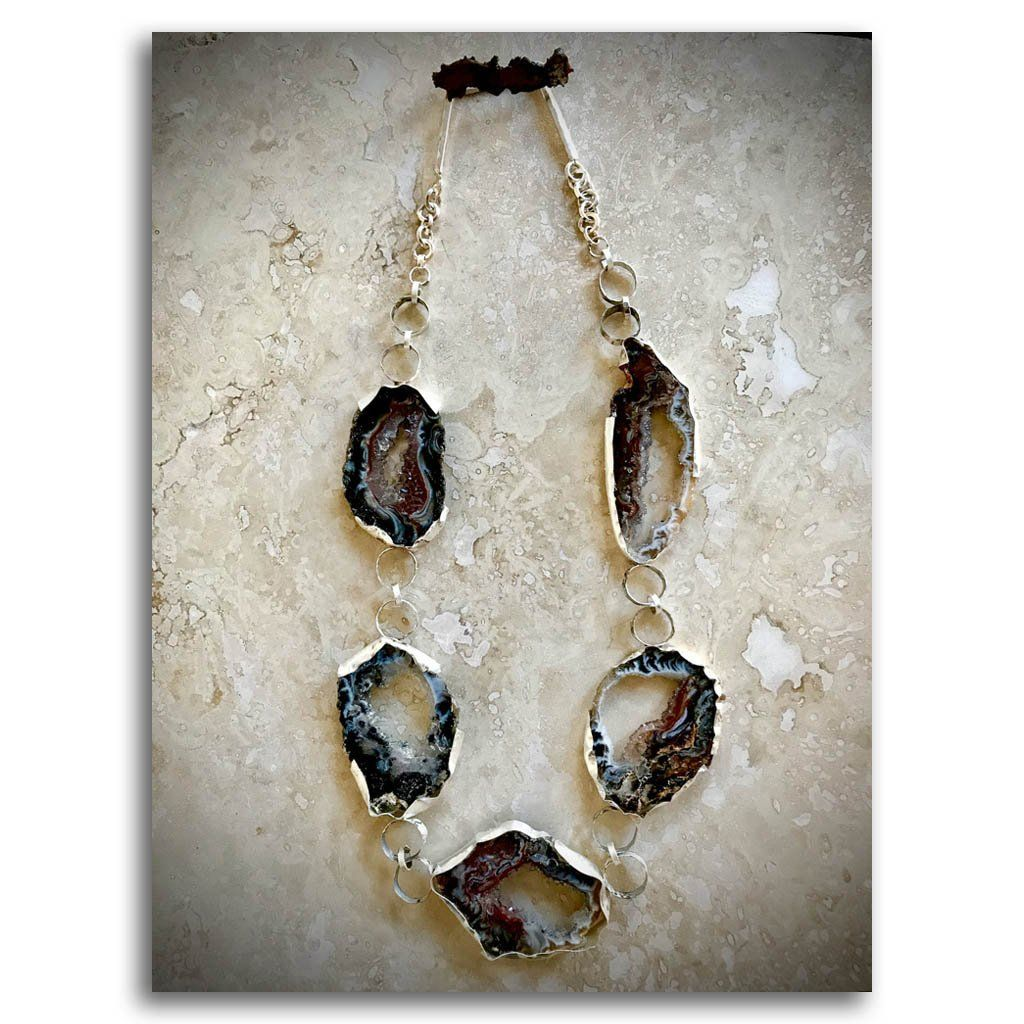 Sobresaliente Necklace #5 with Agate Haute Couture .950 Silver Reticulation by Dulce Alba Lindeza