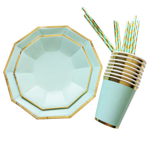 Disposable Paper Dinnerware Set 16pcs Cake Plates 8pcs Cups and 25pcs Straws Party Supplies