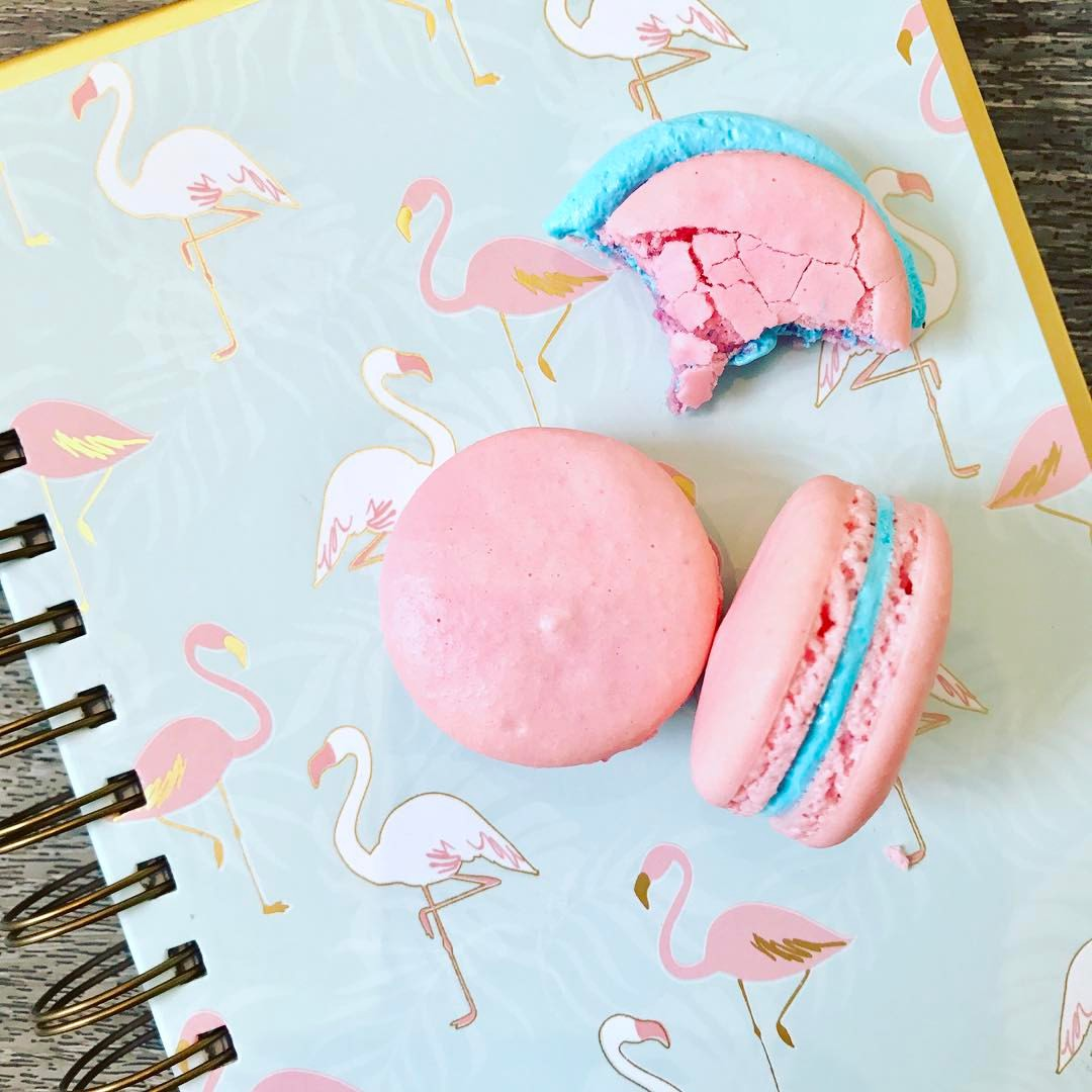 Cotton Candy French Macaron (6 pack)