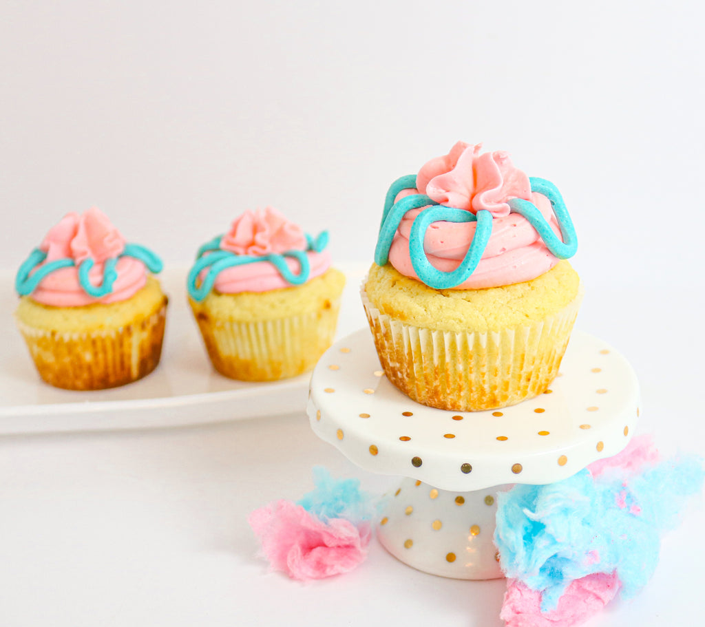 Cotton Candy Keto Cupcakes (12)