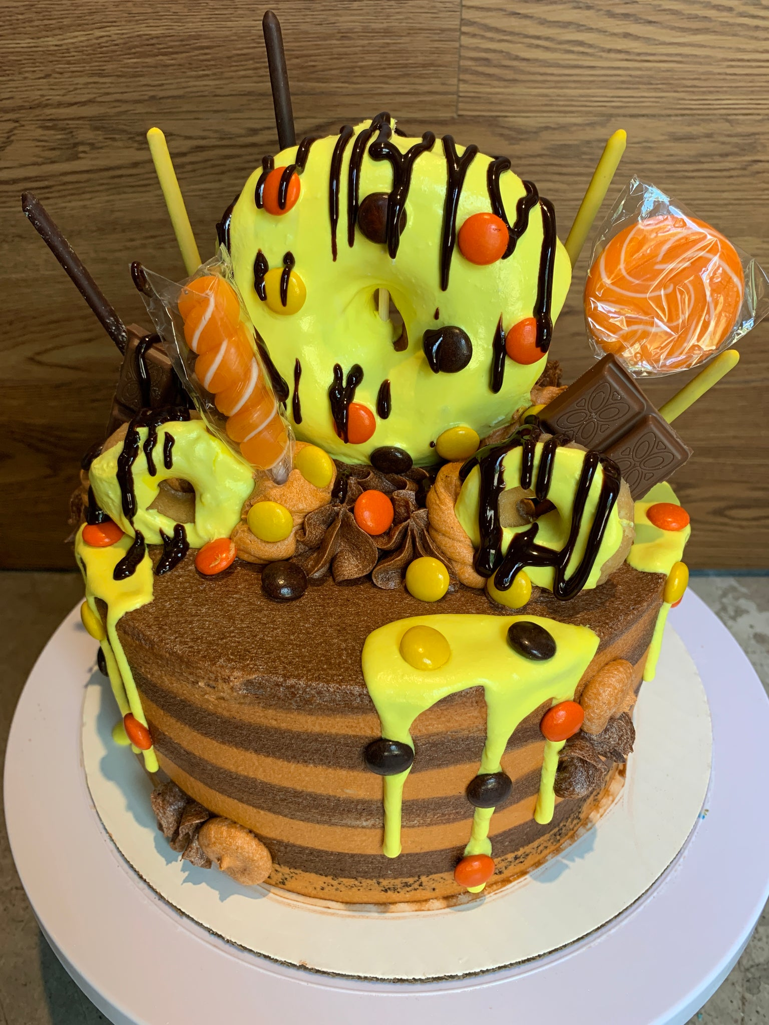 Reese's Pieces Explosion Cake