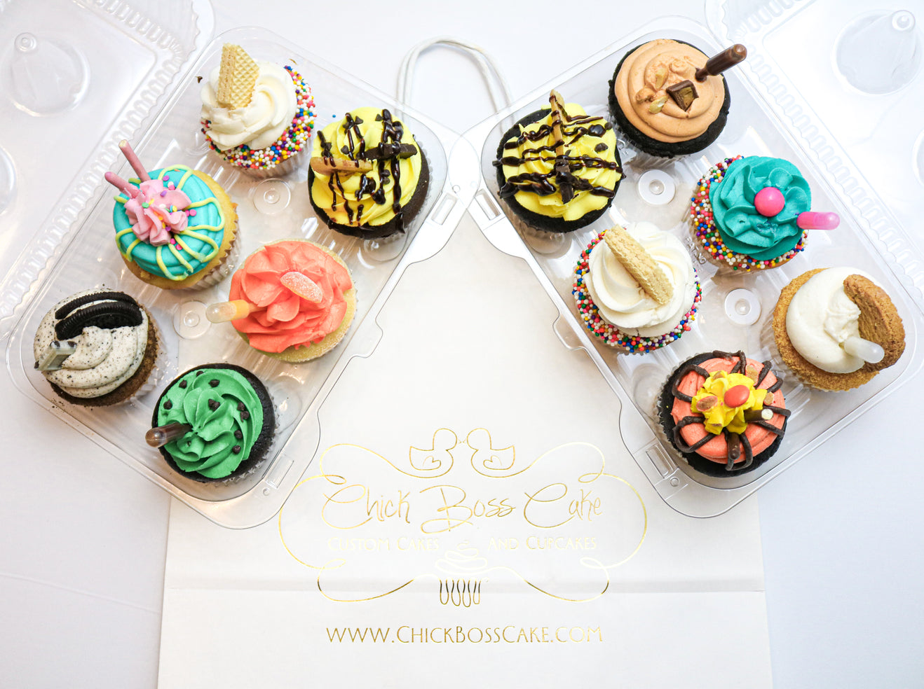 Assorted Gourmet Cupcakes (12)
