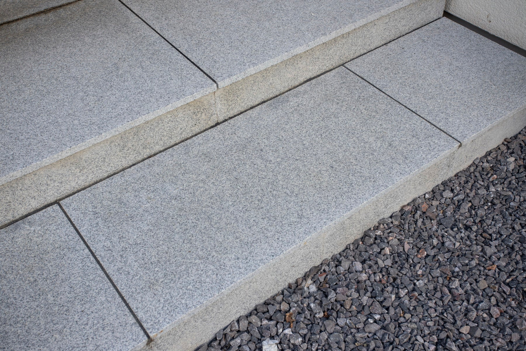 silver grey granite paving patio