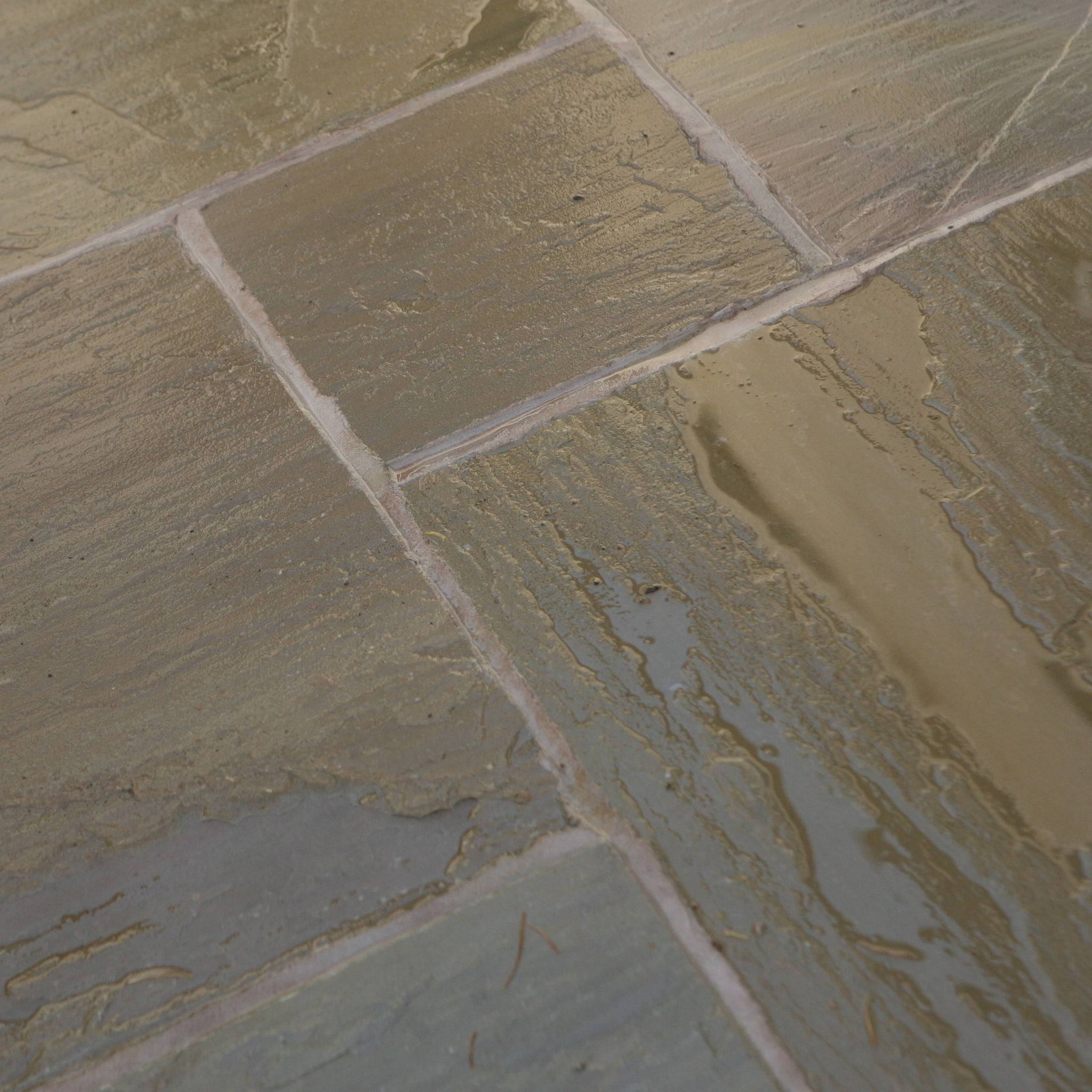 Raj Green Indian Sandstone Paving Slabs 900x600 22mm Calibrated £21.62/m2
