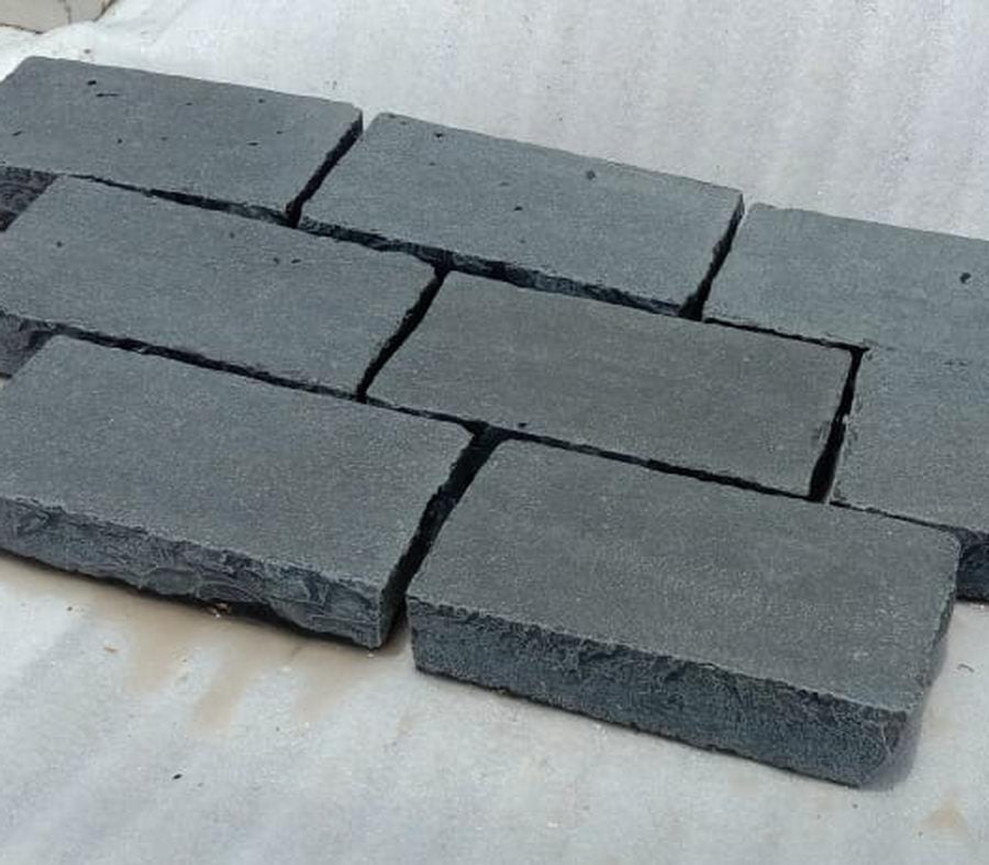 Kadapha Block Paving, Black Limestone Setts & Cobbles 200x100x50 £35.69/m2