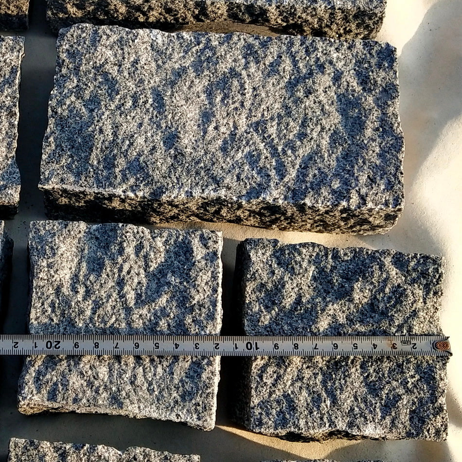 Granite Cobbles Setts Cropped, Mid Grey Blue Grey 100 x 100 x 50mm £48.69/m2