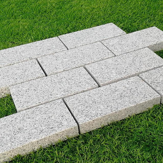 Edging Stones, Paving Edging, Silver Granite Setts 200x100x30mm £36.99/m2