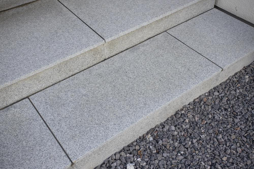 Glacier Ice Granite Paving, Silver Grey 900x600x25mm £26.50/m2