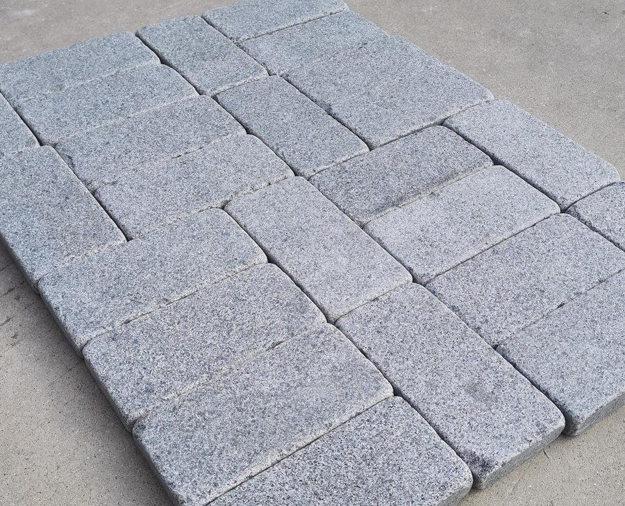 Sawn Granite Setts Flamed Blue Black 200x100x30mm £40.83/m2