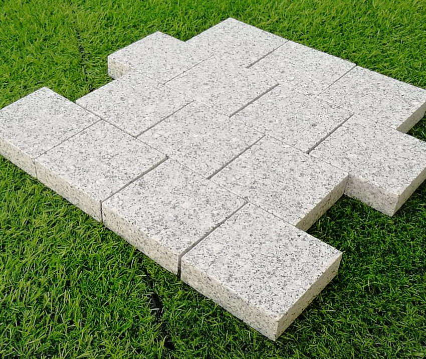 Edging Stones, Paving Edging, Silver Granite Setts 100x100x30mm £29.49/m2