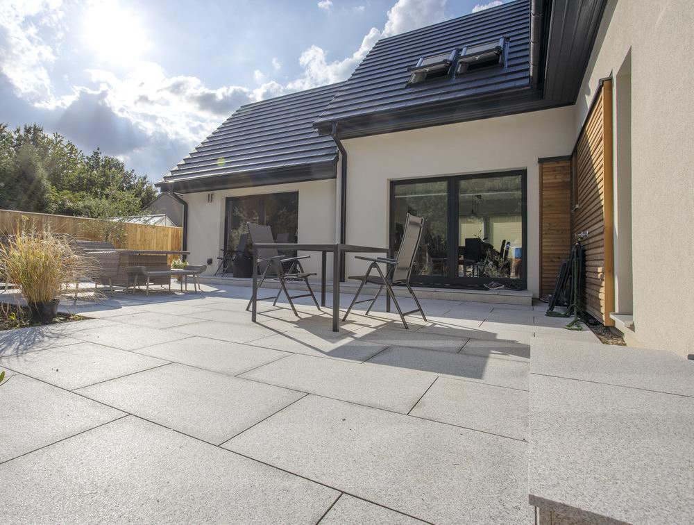 Glacier Ice Granite Paving, Silver Grey 900x600x25mm £28.28/m2