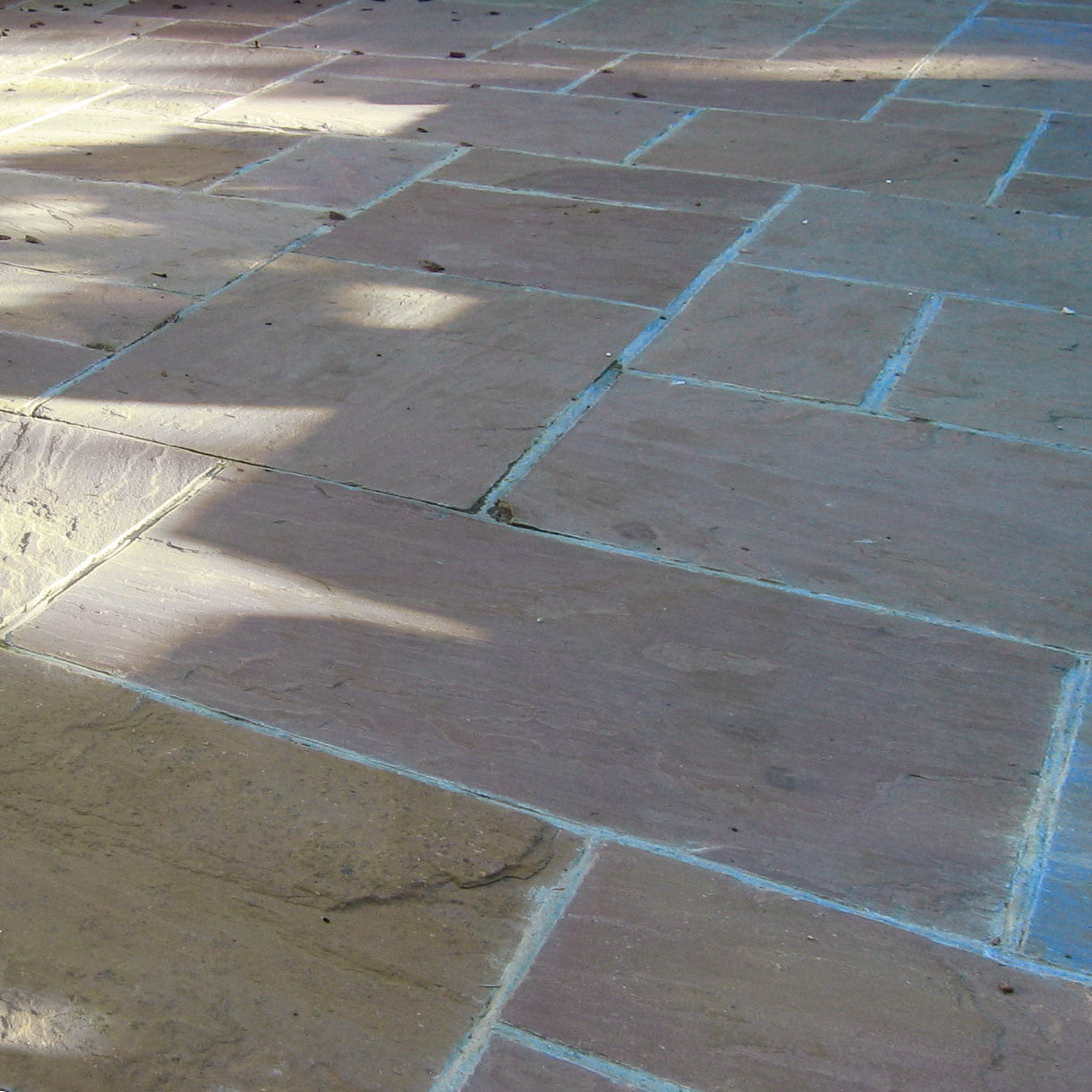 Raj Green Indian Sandstone Paving Slabs 900x600 22mm Cal. £18.54/m2
