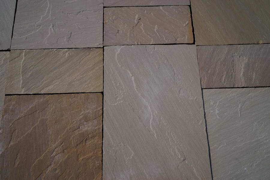 Raj Blend Sandstone Paving Slabs, 560 Series 3 Sizes 22mm Cal. £16.89/m2