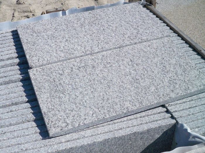 Silver Grey Granite Plank Paving Light Grey 900x200 £21.62/m2
